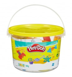 Play-doh mini buckets to play with on the beach